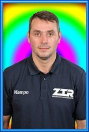 Виталий Нат главный тренер
